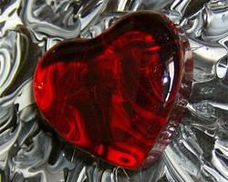Боли в области сердца: игнорировать или нет?
