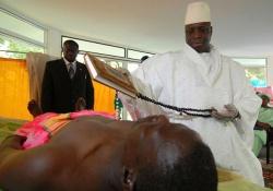 президент лечит от СПИДа