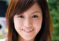 Фото девушка с клыками