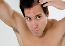 Врач при выпадении волос у женщин