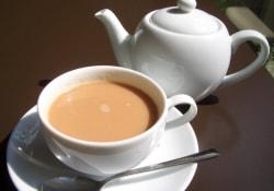 Что вредного в чае с молоком